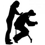 massage assis habillé sur chaise ergonomique.png
